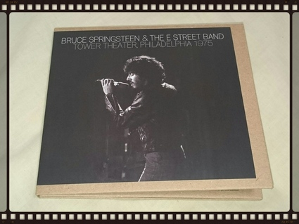 BRUCE SPRINGSTEEN & THE E STREET BAND / TOWER THEATER,PHILADELPHIA 1975_b0042308_3214064.jpg