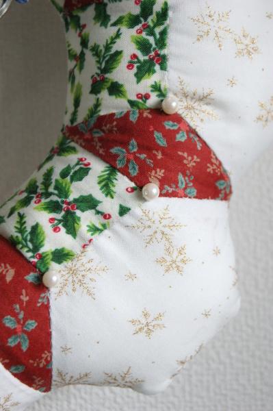 クリスマスリース 2_a0122205_17191864.jpg