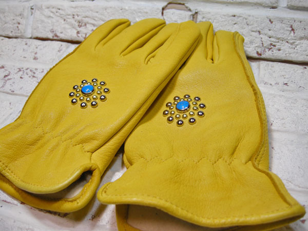 studs work (leather glove)_f0161305_13113602.jpg