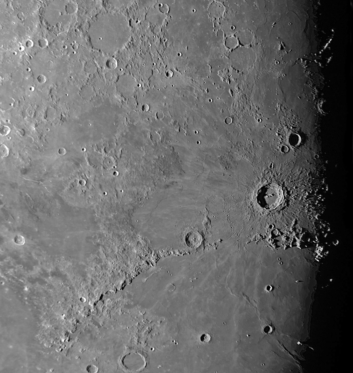 コペルニクスの夜明け_f0347332_13260963.jpg