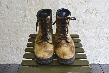 Seal skin lace up boots_f0226051_1340563.jpg