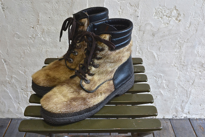 Seal skin lace up boots_f0226051_13412487.jpg