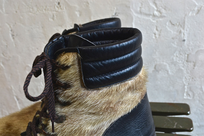 Seal skin lace up boots_f0226051_13422465.jpg