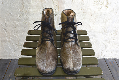 Seal skin lace up boots_f0226051_13504367.jpg