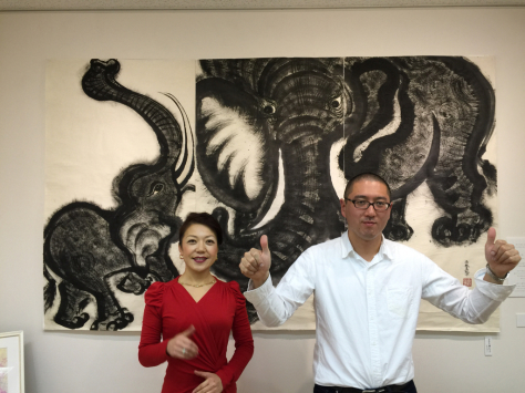 タオ書画作家 中国古代思想博士 西林真紀子さんの、タオ書画個展_a0112393_14171402.jpg