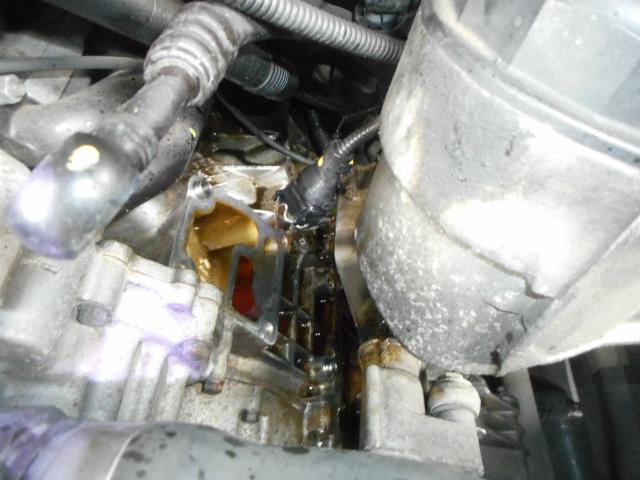 オイルフィルターハウジングからの油漏れ_c0267693_14302793.jpg