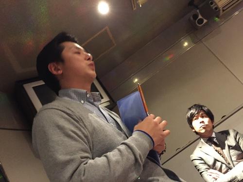 12月5日 土曜日!店長のニコニコブログ!ランクル・ハマーの専門店☆_b0127002_221828100.jpg