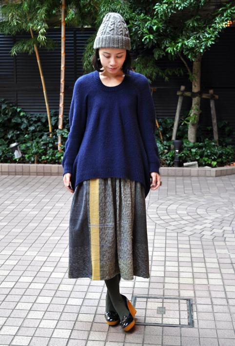 キャメル100% 裾カーブセーター  / FACTORY_d0193211_2115636.jpg