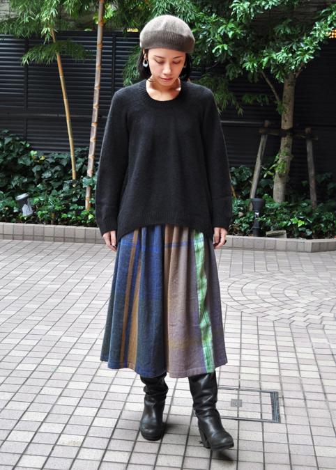 キャメル100% 裾カーブセーター  / FACTORY_d0193211_2153786.jpg
