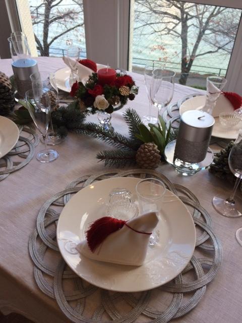 クリスマスのテーブル_d0139350_17165345.jpg