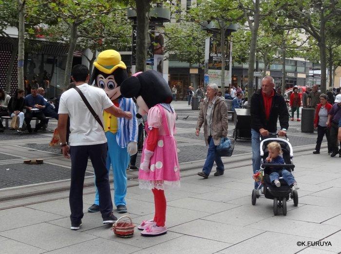ドイツ9日間の旅 29 フランクフルト街歩き_a0092659_17182622.jpg