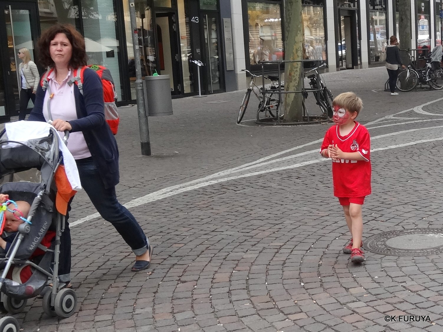 ドイツ9日間の旅 29 フランクフルト街歩き_a0092659_17183852.jpg