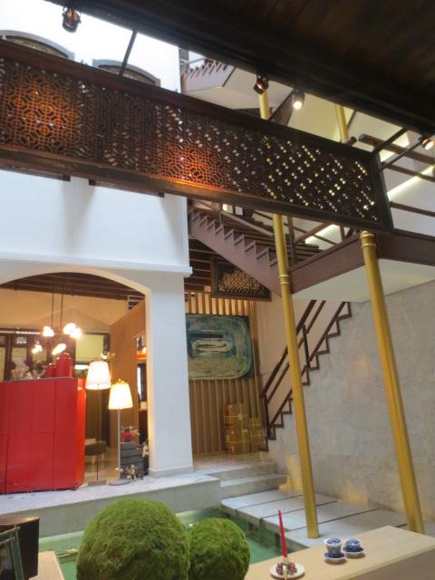 シンガポール旅行記⑥ 海南鶏飯と隠れ家カフェ_e0212073_20514729.jpg
