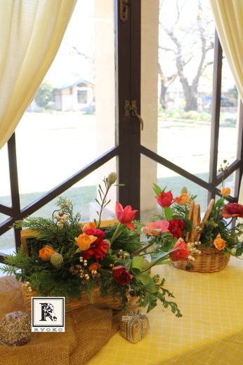 クリスマスに春の華やぎを添えて🎄_c0128489_20444919.jpg