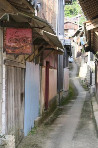 海界の村を歩く 瀬戸内海 睦月島(愛媛県松山市)_d0147406_16045059.jpg
