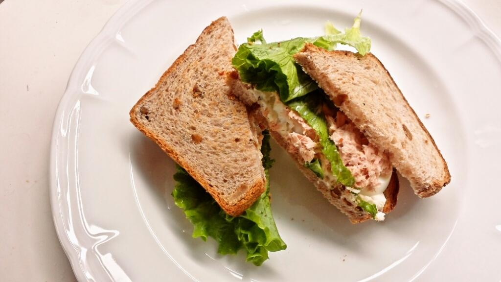 12月6日(日曜日) 肉まんあんまんとオートミールクルミパン_d0138307_21013512.jpg
