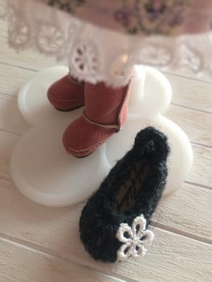 編み物のちっちゃい靴_a0275527_23035229.jpg