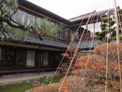 """「芭蕉の館」""""雪吊り""""風景_f0289632_12544896.jpg"""