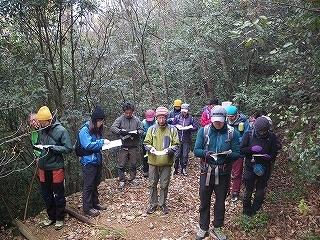 百々ヶ峰ふれあいの森で地図・コンパス勉強会を行いました。_e0064783_21580932.jpg