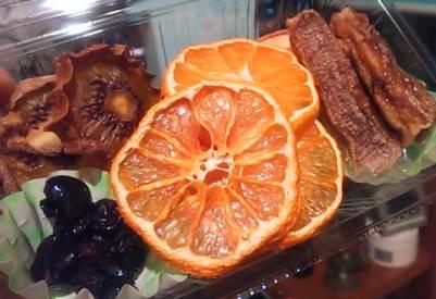 酵素が生きた自家製ドライフルーツ。_d0063290_1315126.jpg