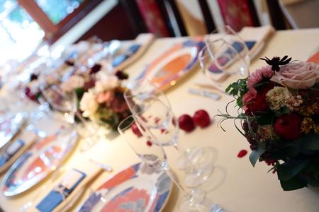 冬の装花 シェ松尾松濤レストラン様へ シルバーグリーンとマルサラ_a0042928_1228078.jpg