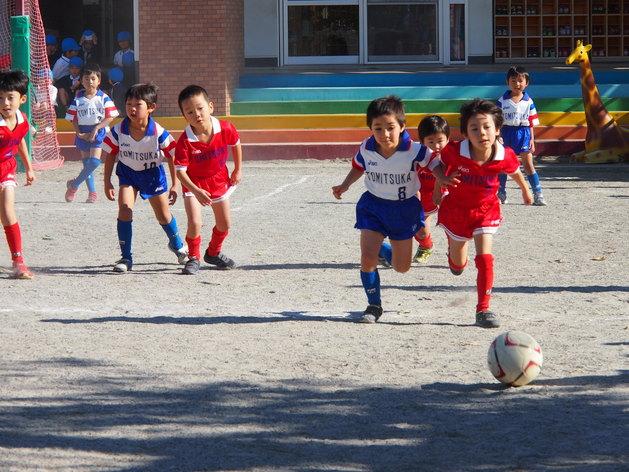 サッカー大会 予選_b0233868_14425552.jpg