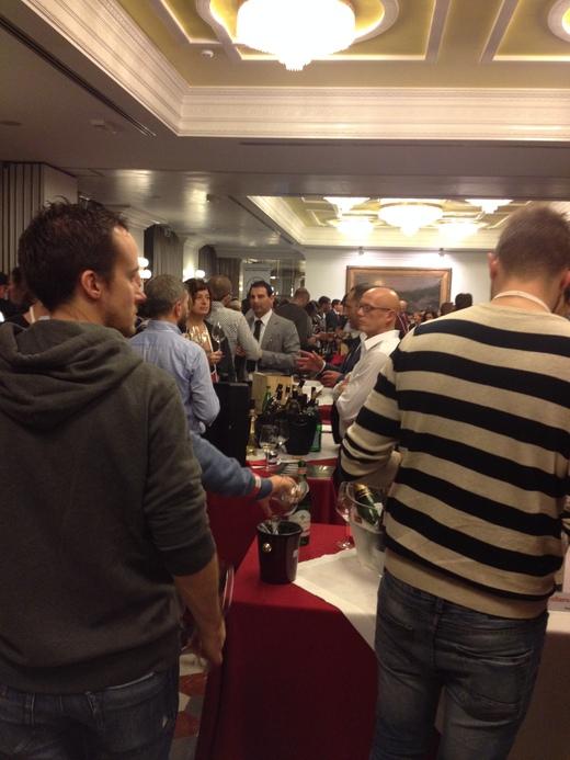 イタリアワインの試飲会@Hotel Albani_a0136671_1463676.jpg