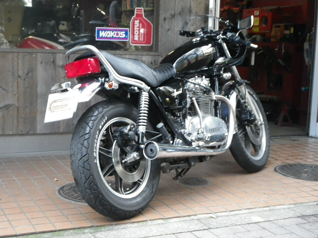 XS650Special カフェレーサー_e0325011_1221619.jpg