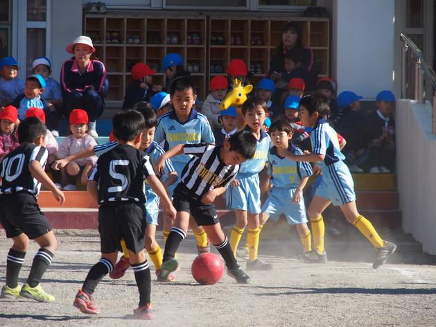 サッカー大会 3位決定戦_b0233868_13455981.jpg