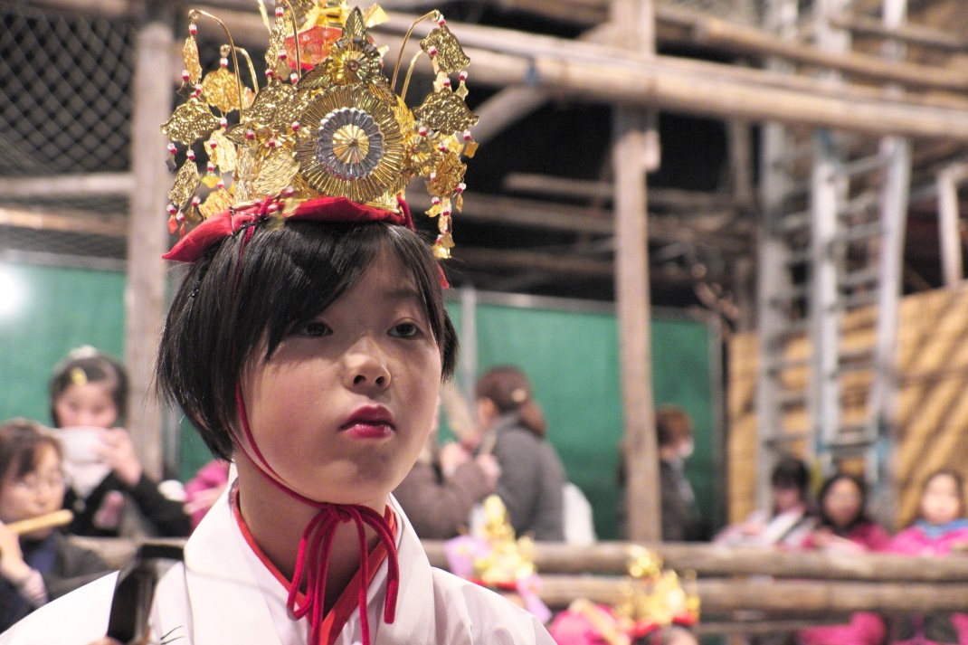 第155回 関東の奇祭・古河提灯竿祭り <4> 野木神社白拍子の舞   2015・12・05_e0143883_1735293.jpg