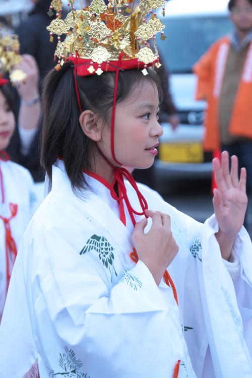 第155回 関東の奇祭・古河提灯竿祭り <3> パレード~式典  2015・12・05_e0143883_614831.jpg