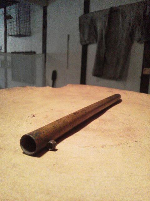 真鍮の細い筒_e0350308_8205584.jpg