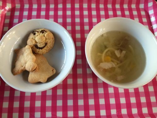 12月9日の給食 クッキー作りをしました♪_c0293682_16554562.jpg