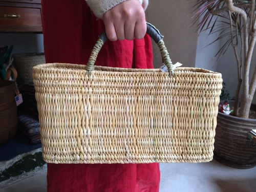 warang wayan : straw basket low_a0234452_17382751.jpg