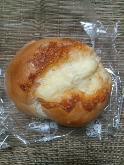Pao カマンベールチーズ_f0076001_22231733.jpg