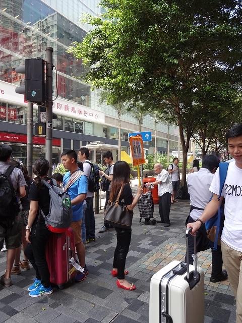 重慶大厦へ向かって_b0248150_16355374.jpg