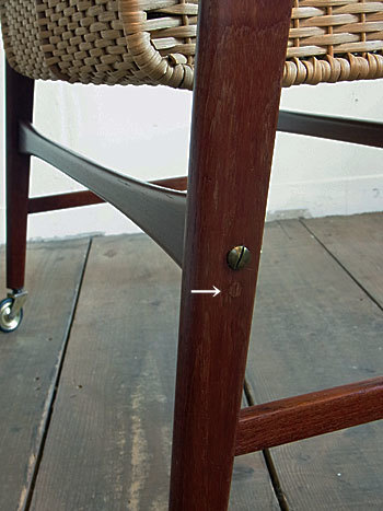 sewing table_c0139773_17310226.jpg