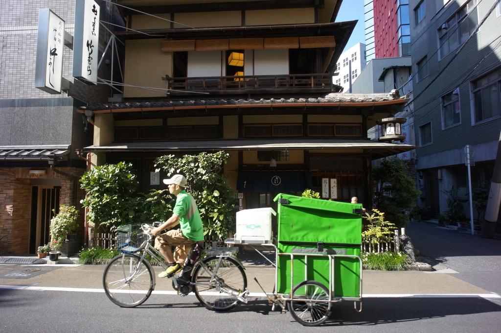 神田でうなぎ。_c0180686_03271518.jpg