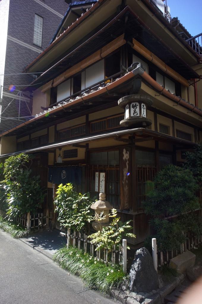 神田でうなぎ。_c0180686_03272620.jpg