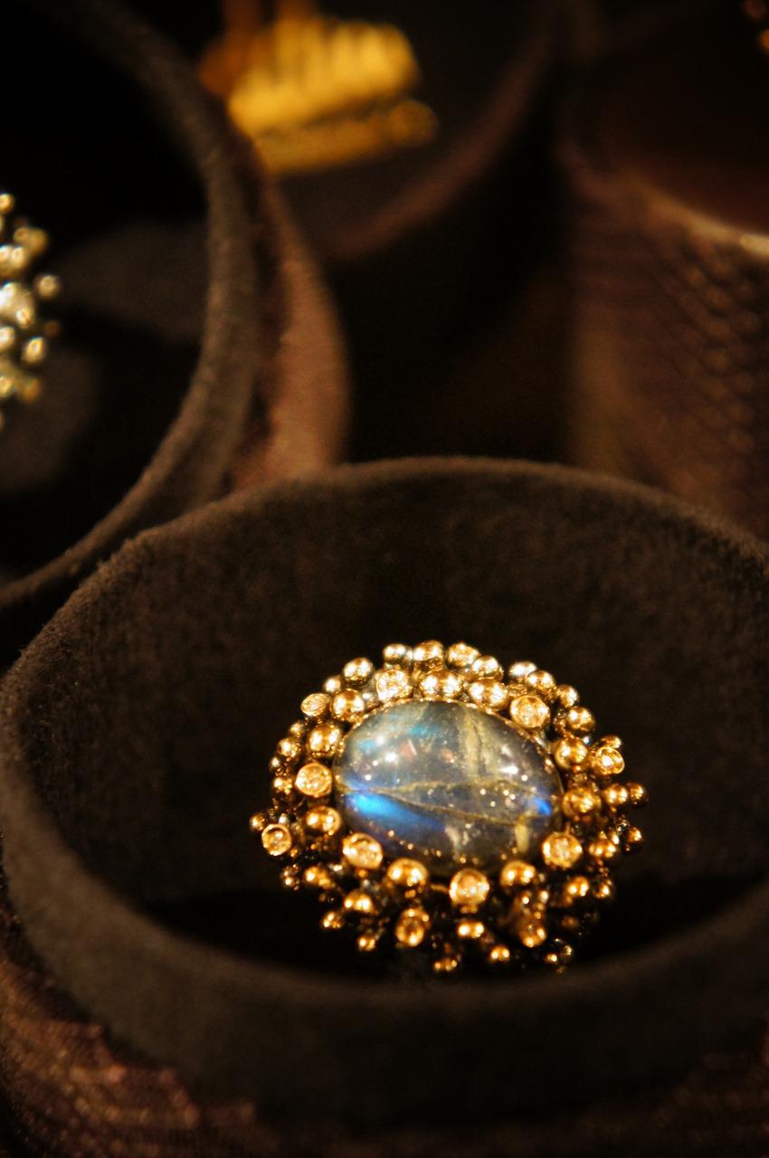 Daniela de Marchi (ダニエラ・デ・マルキ) ダイヤモンドシリーズに新作が仲間入りしました!_b0115615_1822134.jpg
