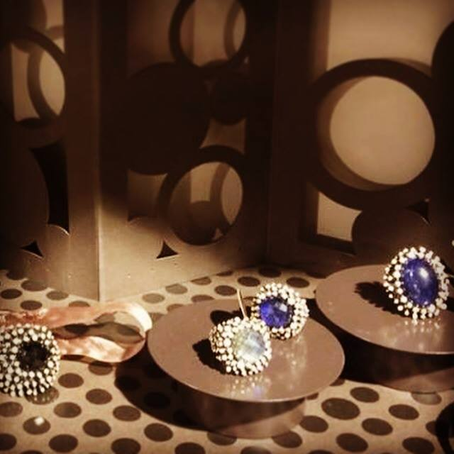 Daniela de Marchi (ダニエラ・デ・マルキ) ダイヤモンドシリーズに新作が仲間入りしました!_b0115615_18225733.jpg