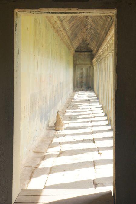 男の一人旅 ~カンボジア アンコール・ワット遺跡~_d0145934_938208.jpg
