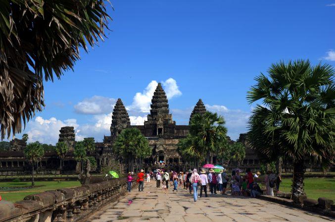 男の一人旅 ~カンボジア アンコール・ワット遺跡~_d0145934_9384131.jpg