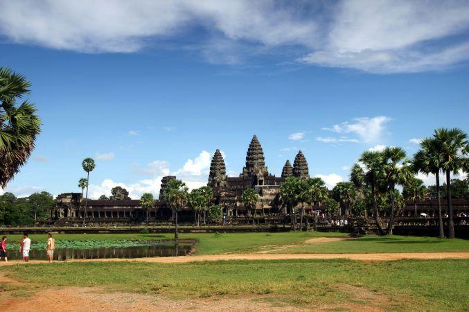 男の一人旅 ~カンボジア アンコール・ワット遺跡~_d0145934_9391282.jpg