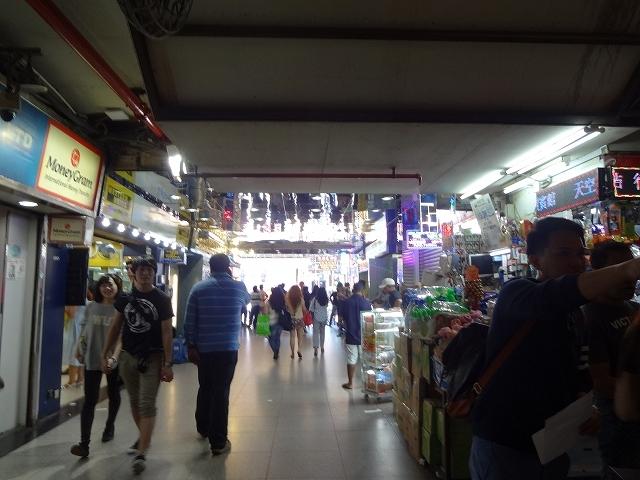 重慶大厦の咖哩屋さん_b0248150_12210860.jpg