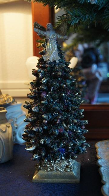 REKETTオリジナルデザインクリスマスツリー完成です!_f0029571_1640072.jpg