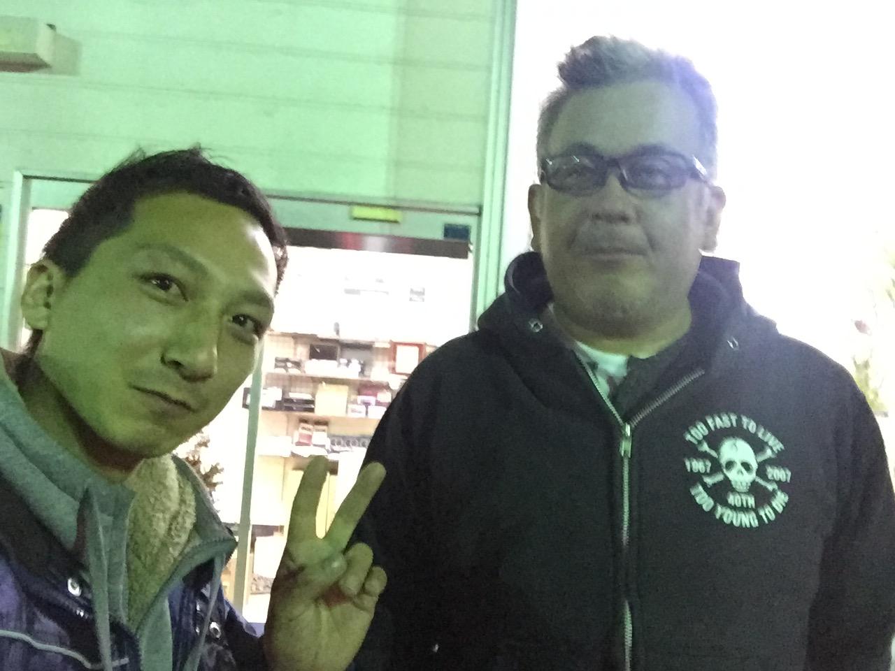 12月13日 日曜日 店長のニコニコブログ!ランクル・ハマーの専門店☆_b0127002_1849534.jpg