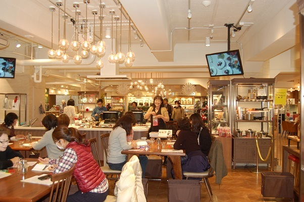 日本橋三越『はじまりのカフェ』でのワークショップ_e0071324_17245312.jpg