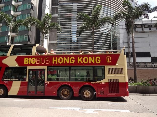 2號巴士を待って_b0248150_07181517.jpg