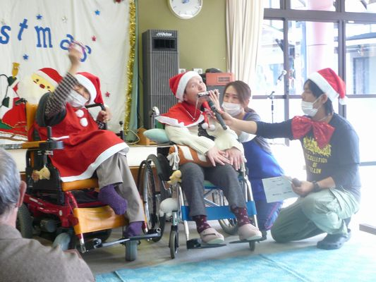 12/13 聖愛園クリスマス会_a0154110_10205251.jpg